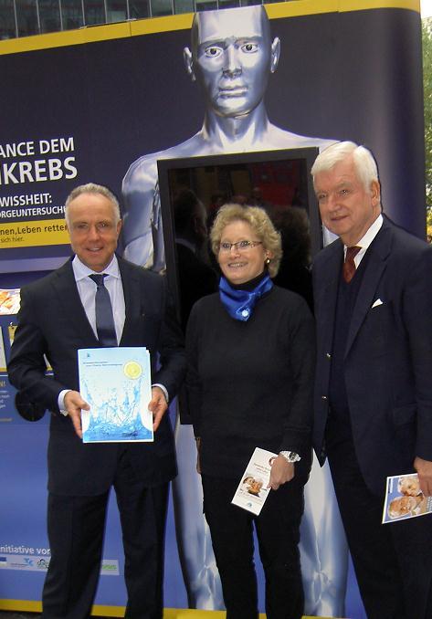 Experten diskutierten mit Michael Rummenigge über das Tabu-Thema Darmkrebs
