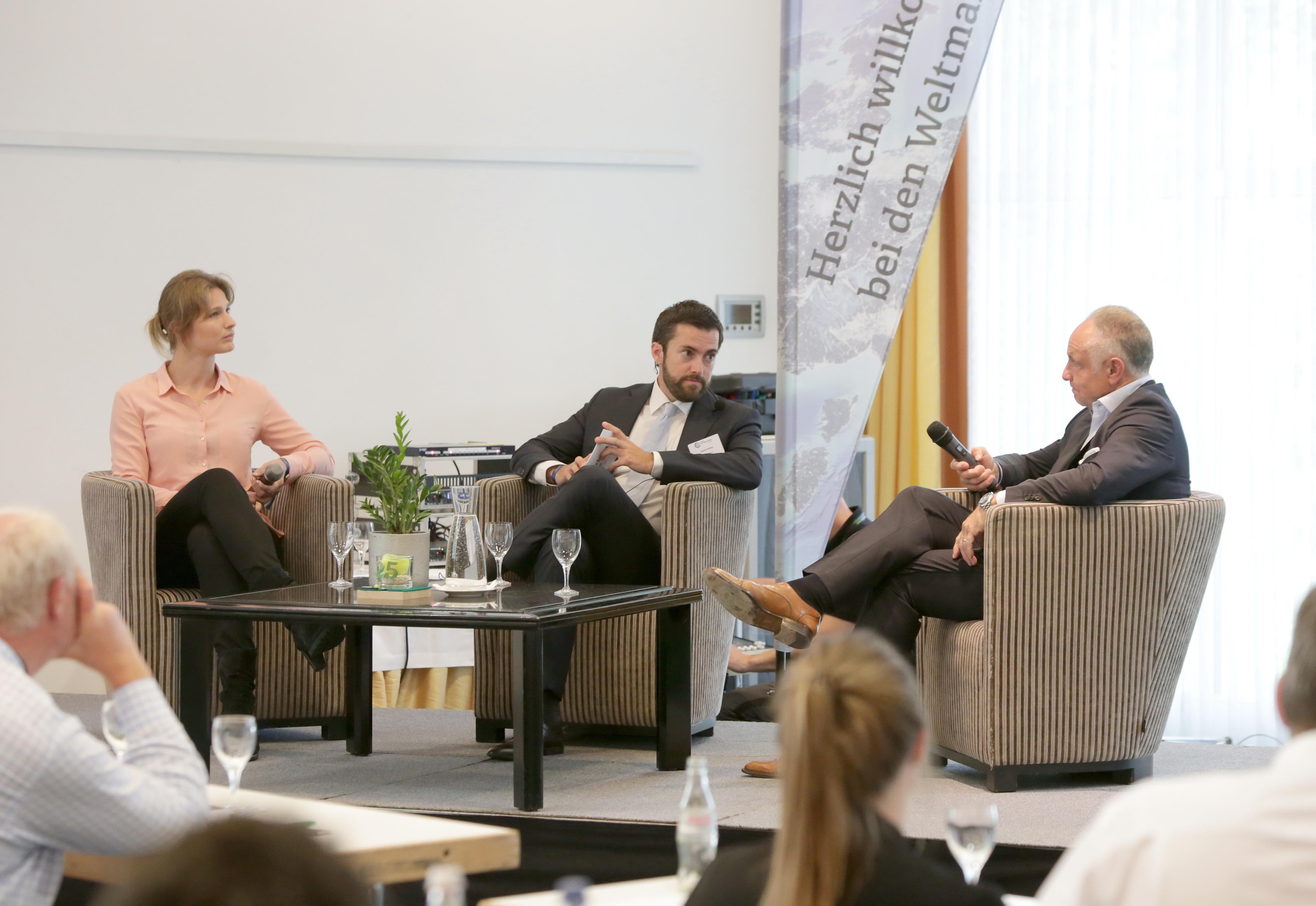 """Michael Rummenigge bei einer Veranstaltung der """"Wirtschaftswoche"""" in Halle/Westfalen"""
